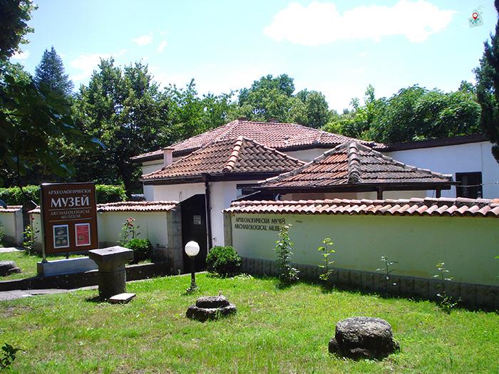 Arheologicheski muzei-Hisarya