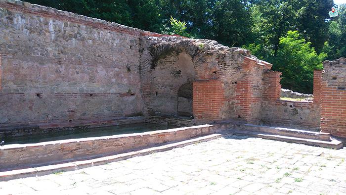 Rimski termi, Hisarya, basein