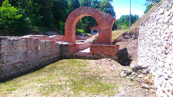 Rimski termi, Hisarya, vhod