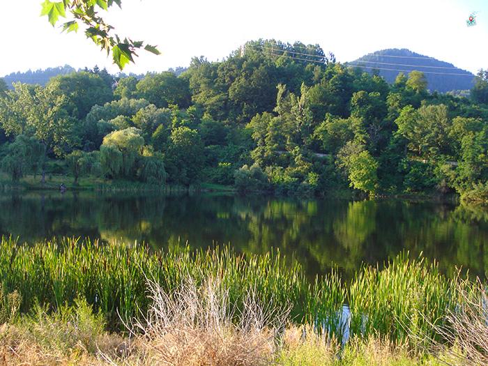 Smolyansko ezero, Kiryanov giol, Plateno ezero